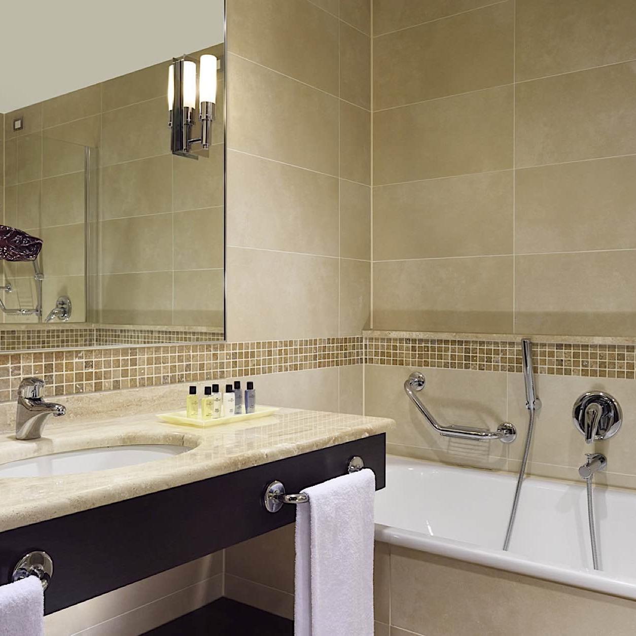 Bathroom | Varese