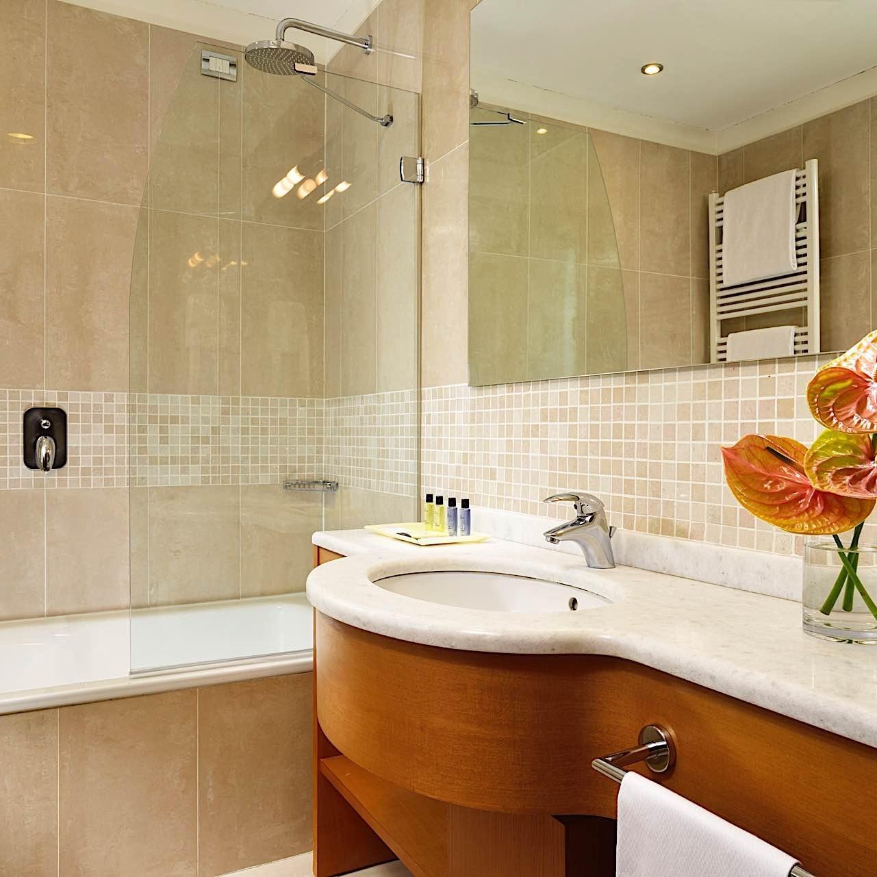Bathroom | The One Milano