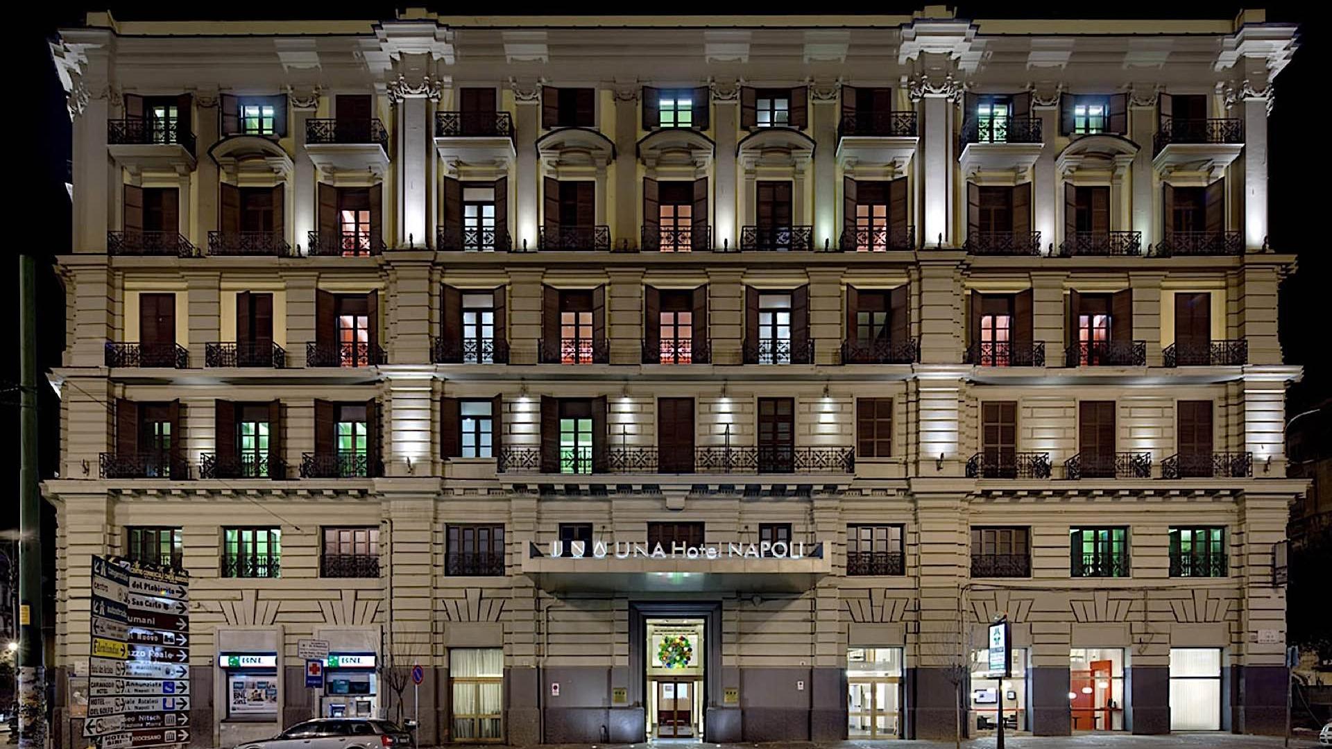 Exterior | Napoli
