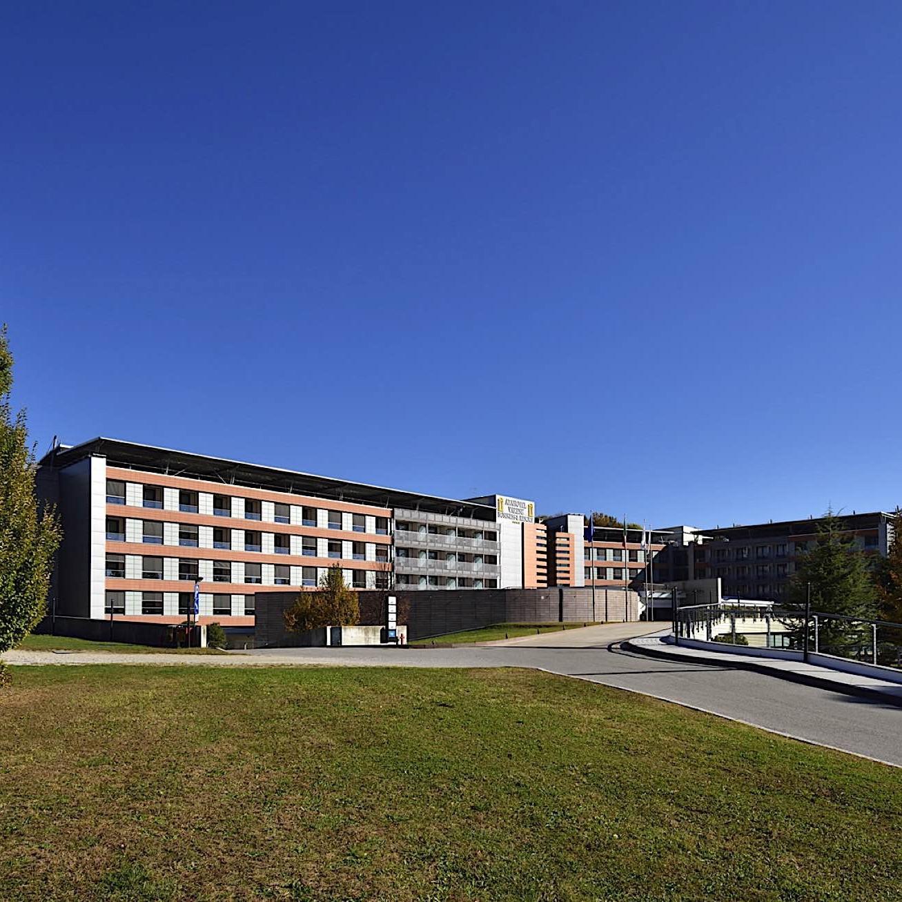 Exterior | Varese