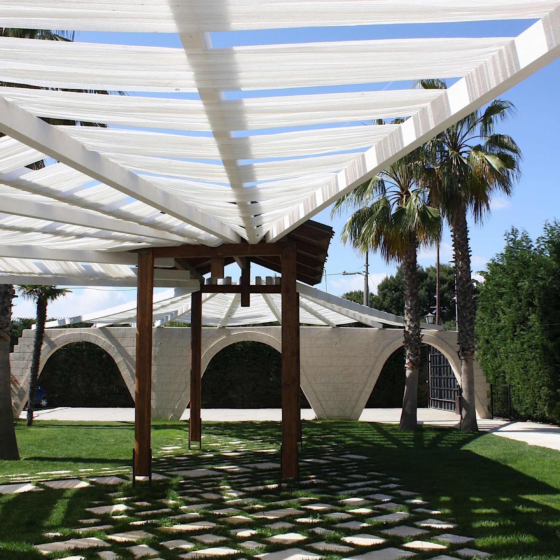 Garden   Regina Bari