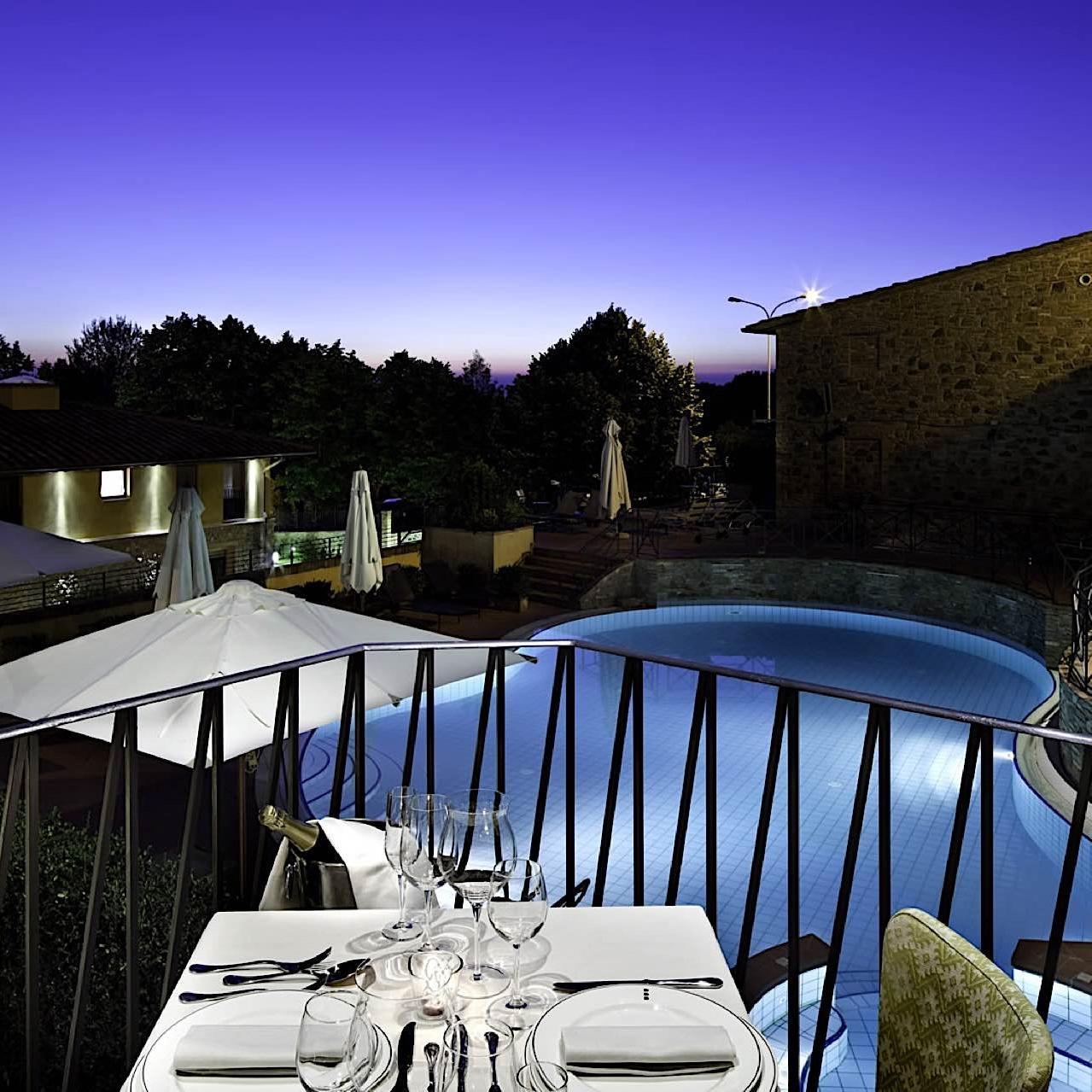 Pool View | Palazzo Mannaioni Toscana
