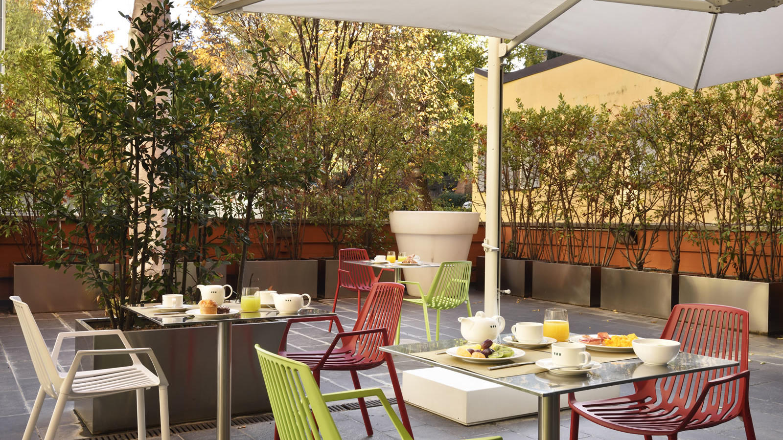 Breakfast outdoor | Bologna Centro