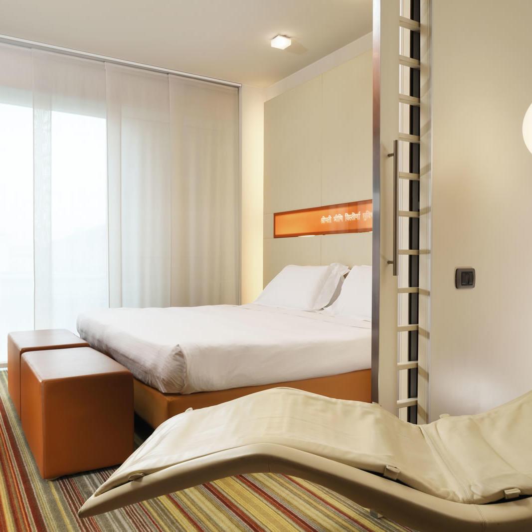 Room | Bologna Centro