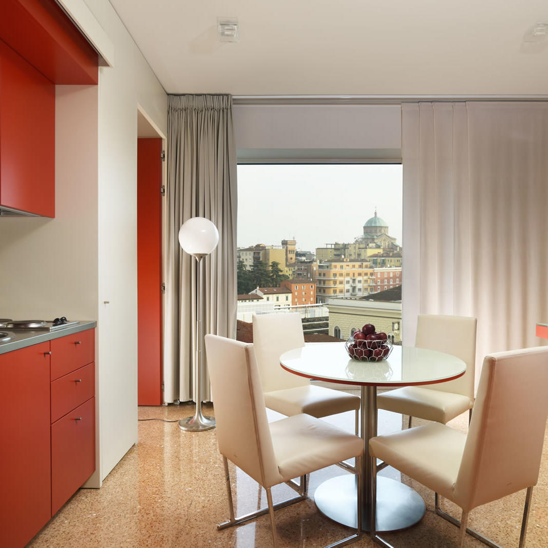 Two Room Apartment kitchen | Bologna Centro