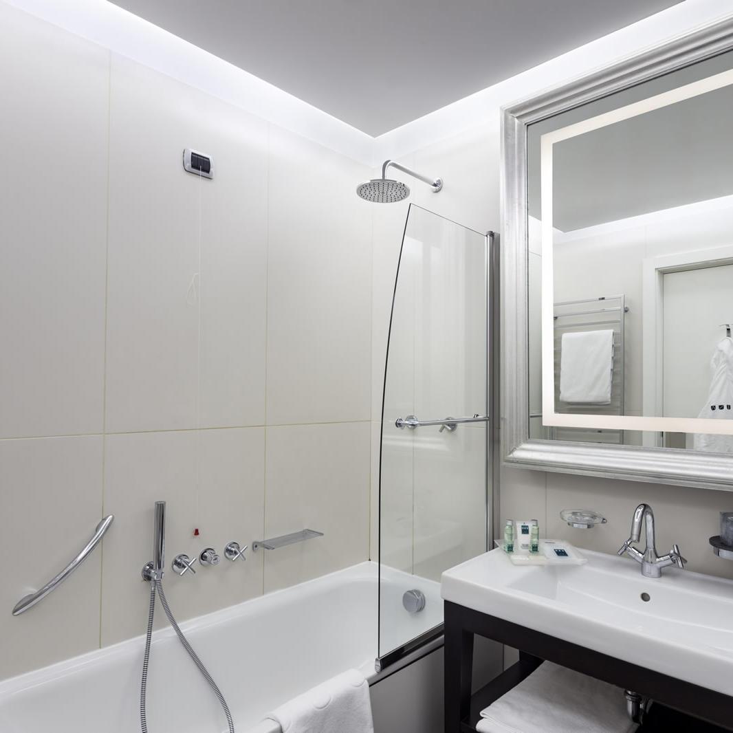 Classic Bathroom | Cusani Milano