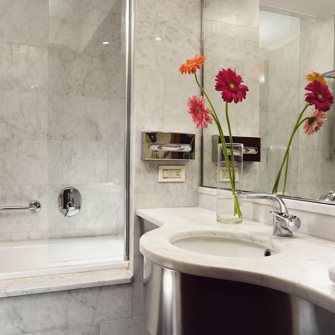 Bathroom | Mediterraneo Milano