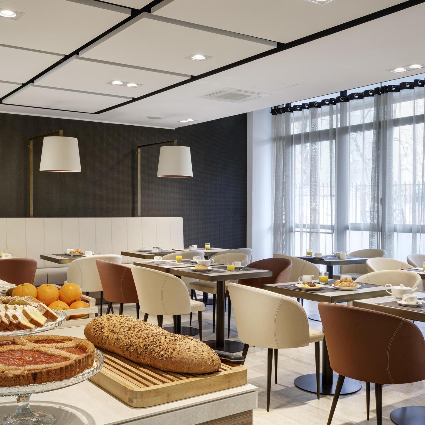 Breakfast | Linea Uno Hotel & Residence Milano
