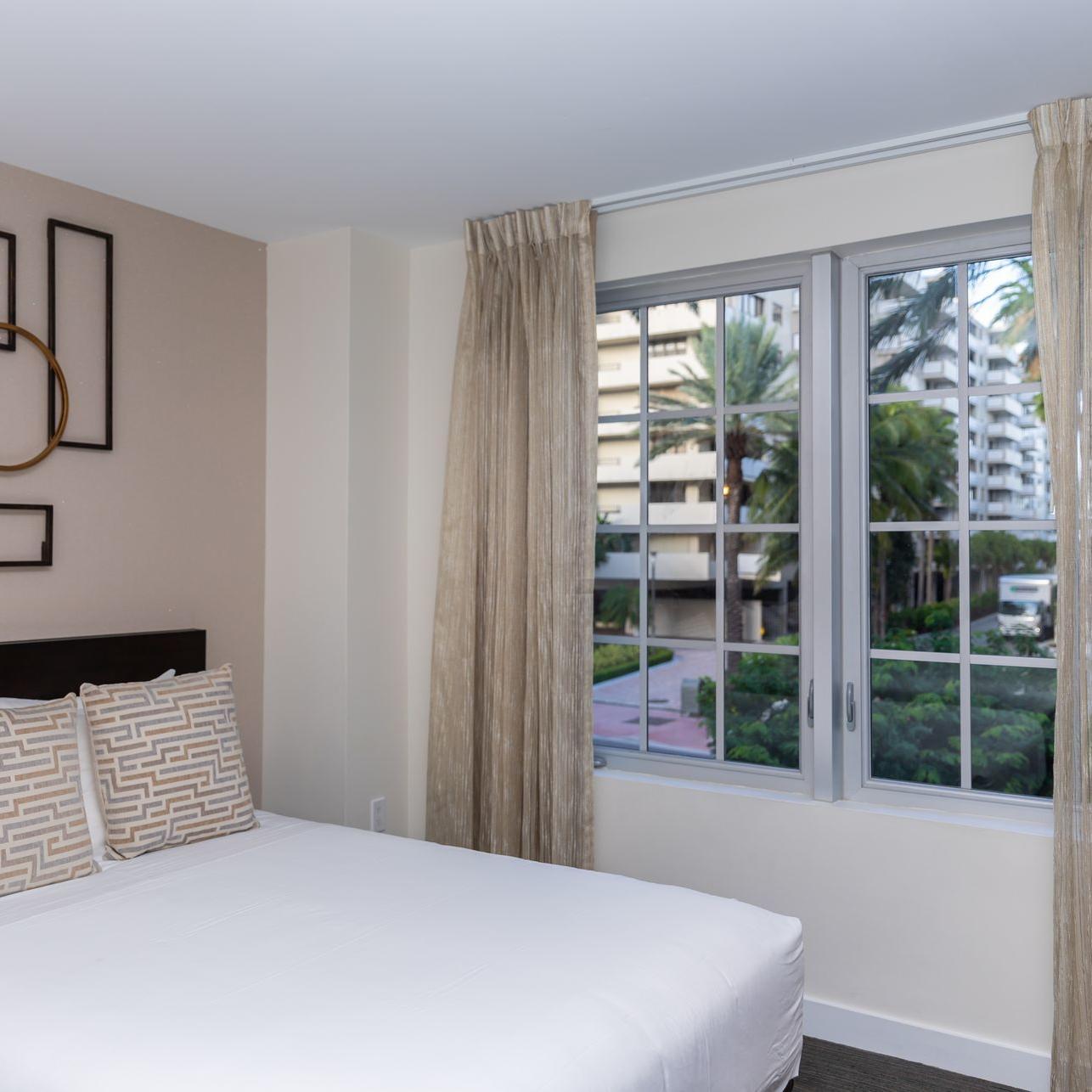 Iberostar Berkeley Hotel