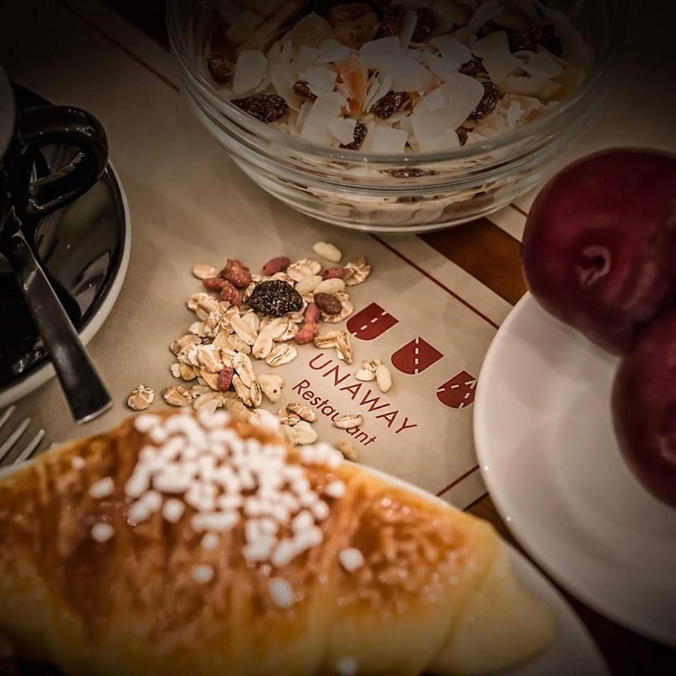 Breakfast | UNAWAY Hotel Occhiobello