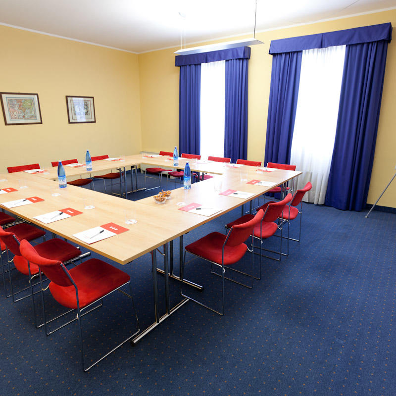 Estense Meeting Room | UNAWAY Hotel Occhiobello