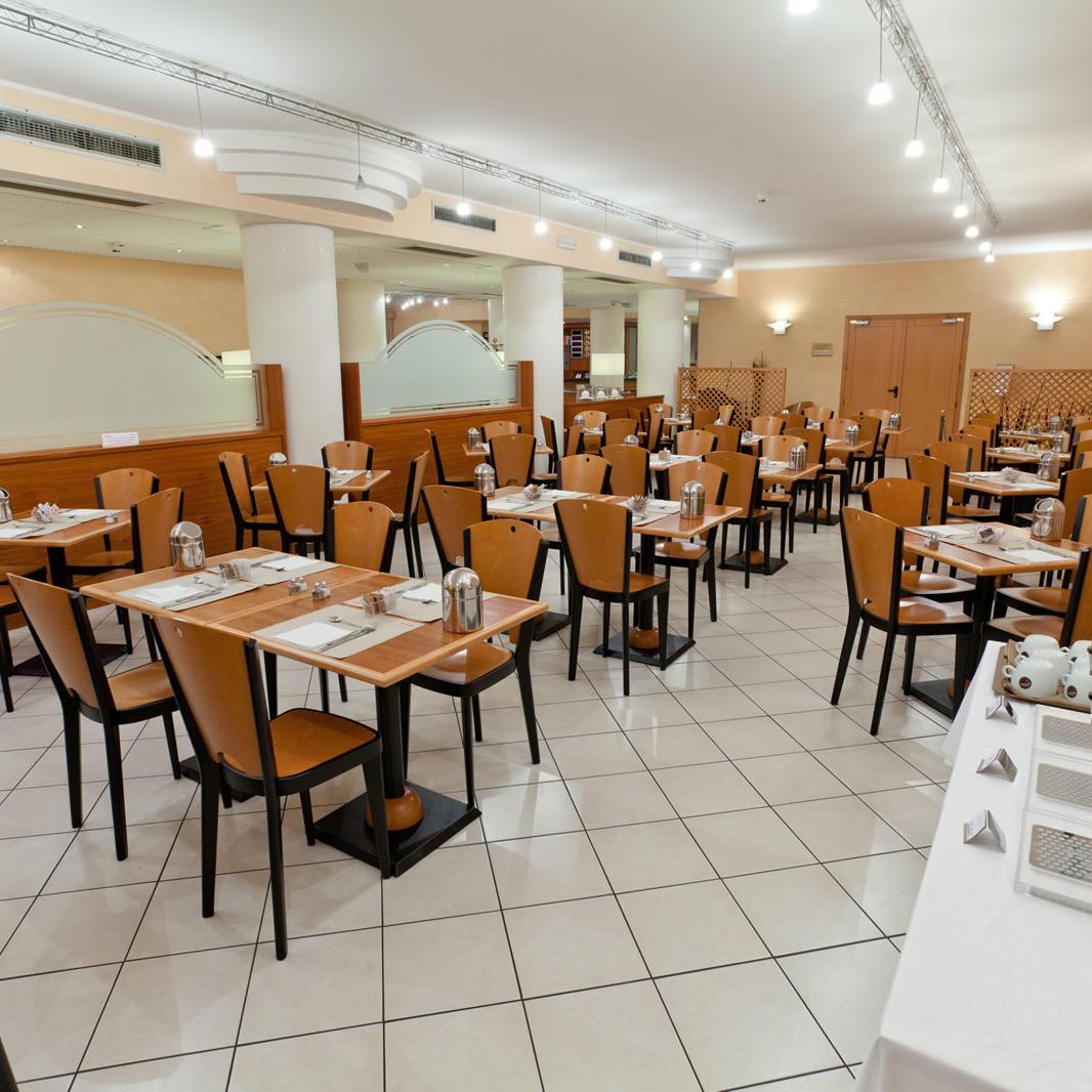 Breakfast Room   UNAWAY Hotel Occhiobello