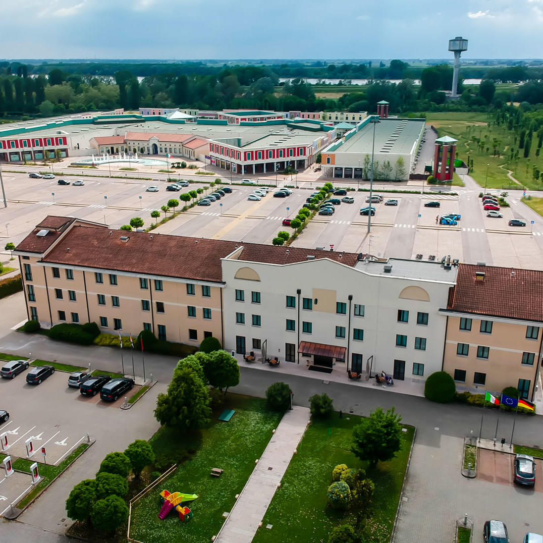 Drone view | UNAWAY Hotel Occhiobello
