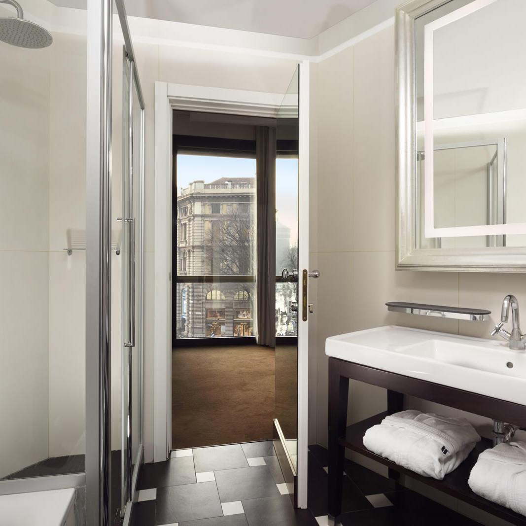 Bathroom | UNAHOTELS Cusani Milano