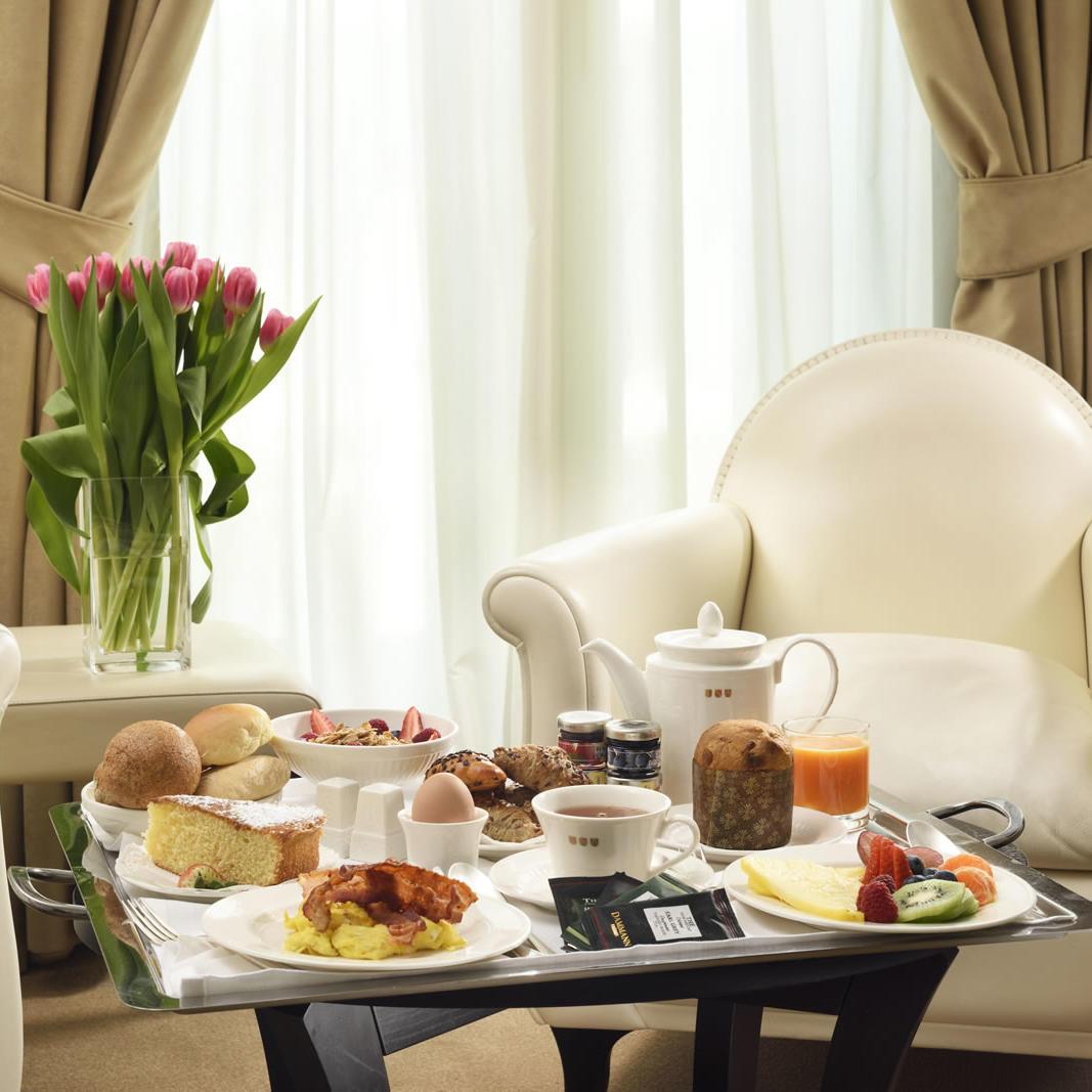 Room Service | Maison Milano UNA Esperienze