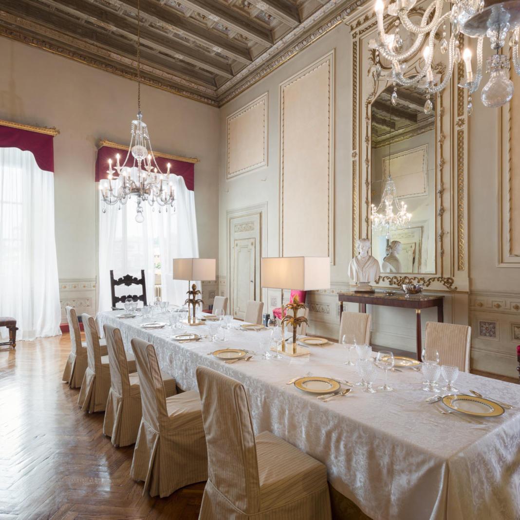 Salone degli Specchi | Leone Blu Suites