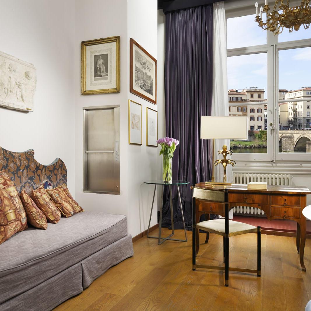 Giovanbattista Suite Living | Leone Blu Suites