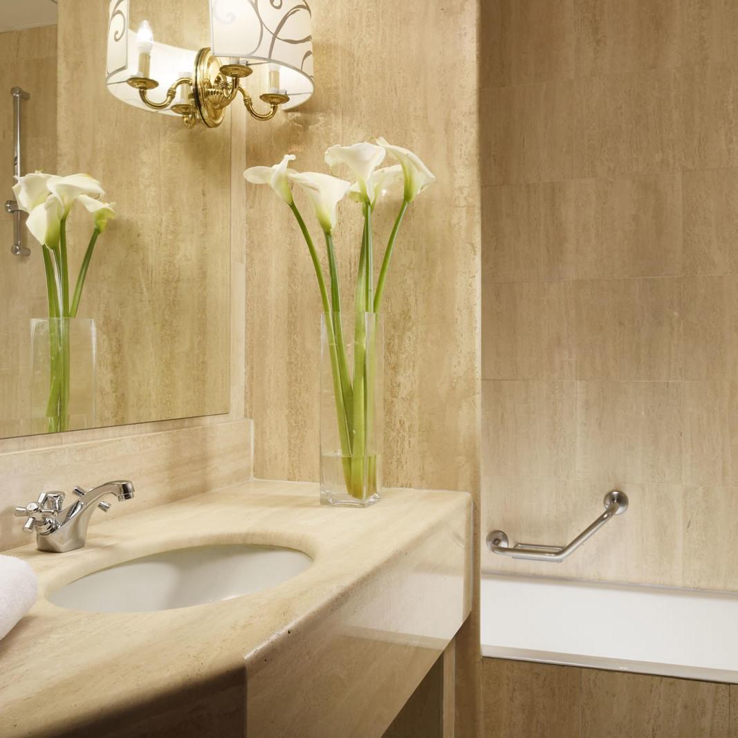 Executive Bathroom | Scandinavia Milano