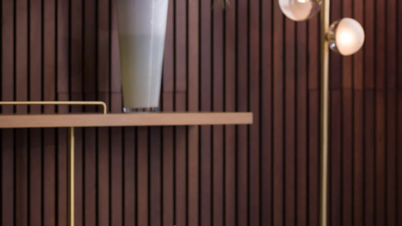 L Bistro & Bar detail 1
