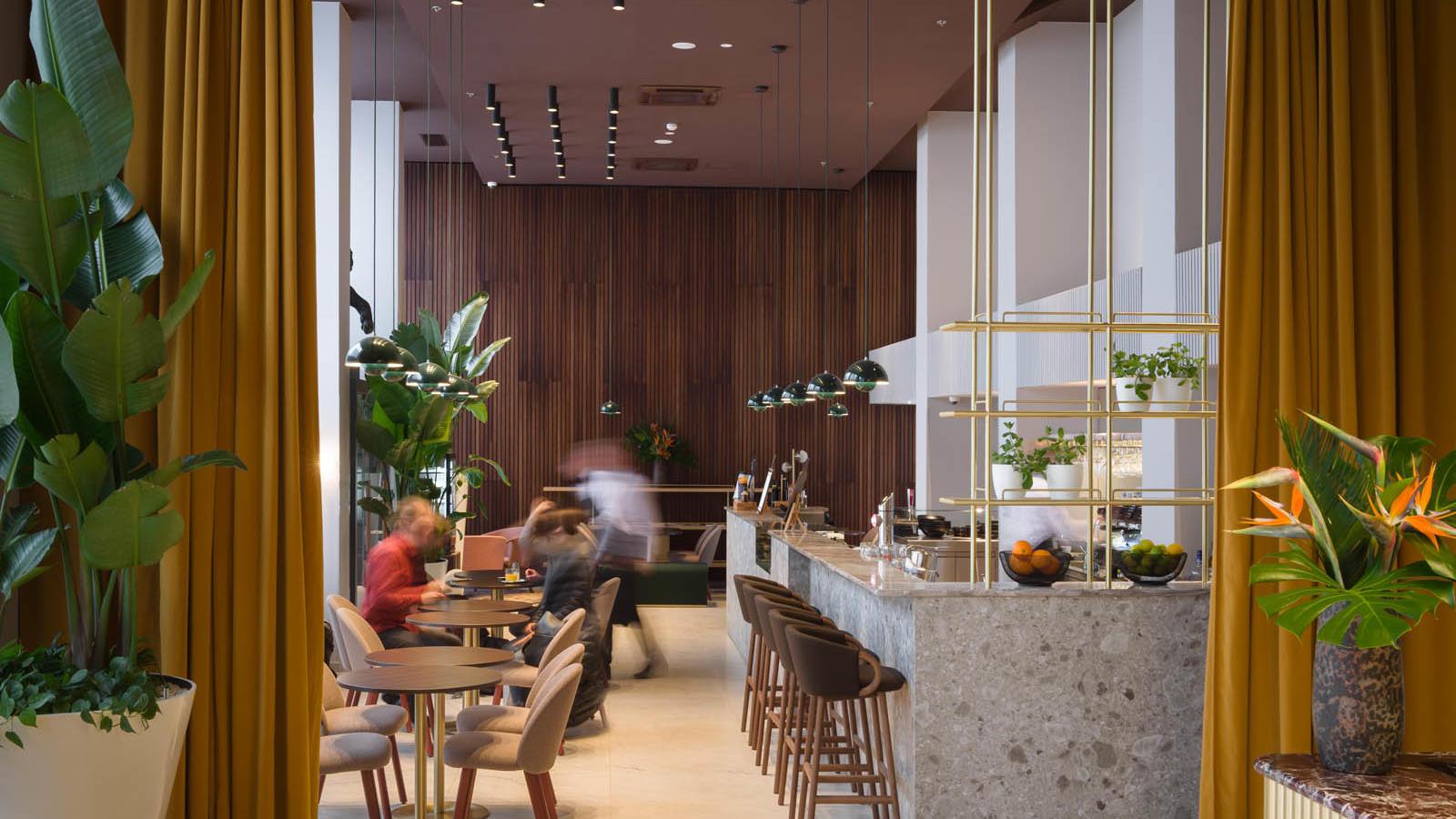 L Bistro & Bar interior 2