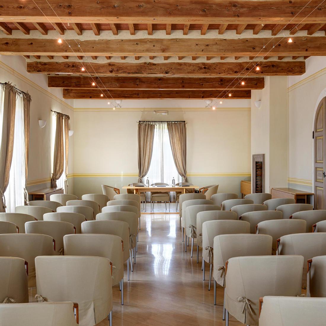 Meeting Room   Relais Villa Grazianella