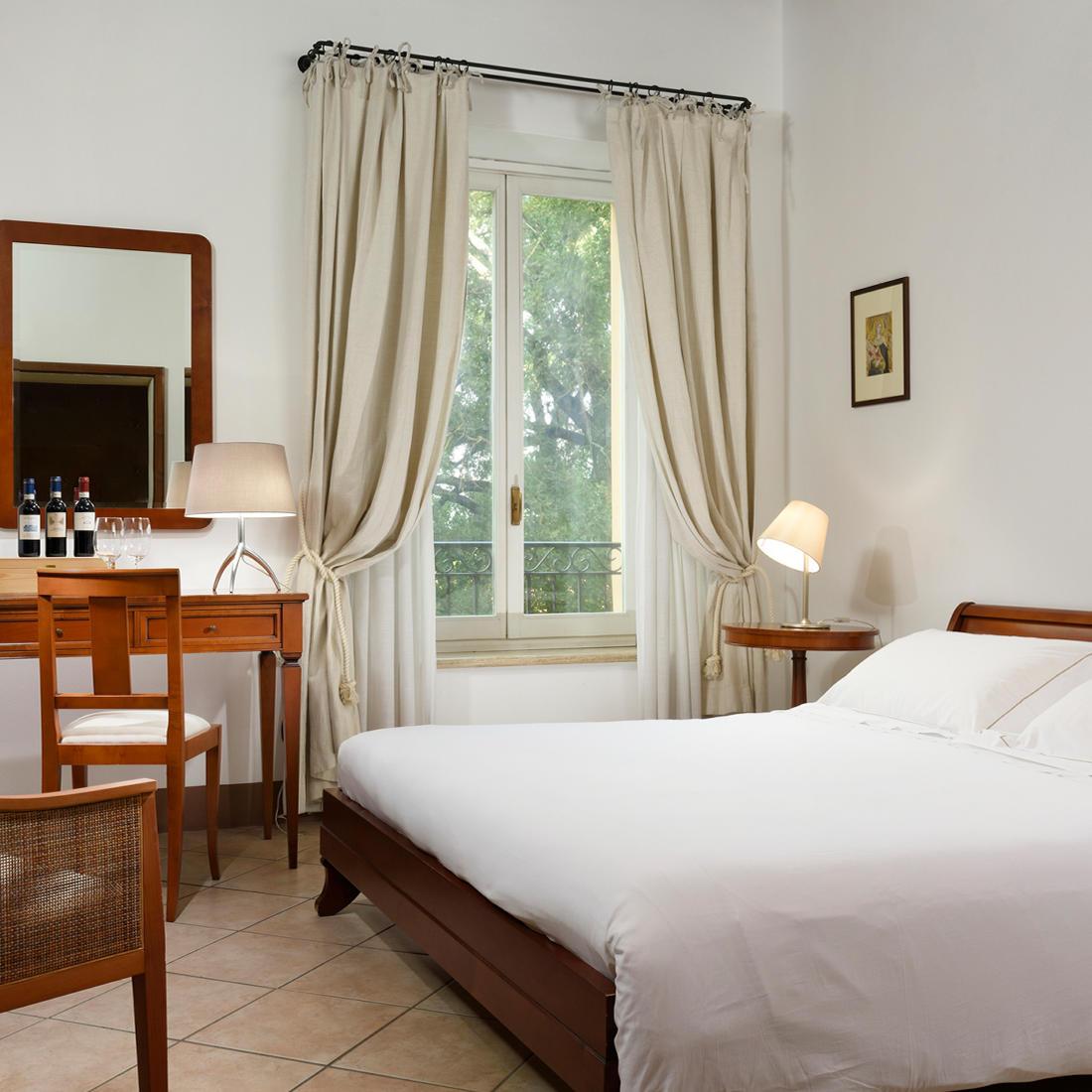 Classic Room    Relais Villa Grazianella