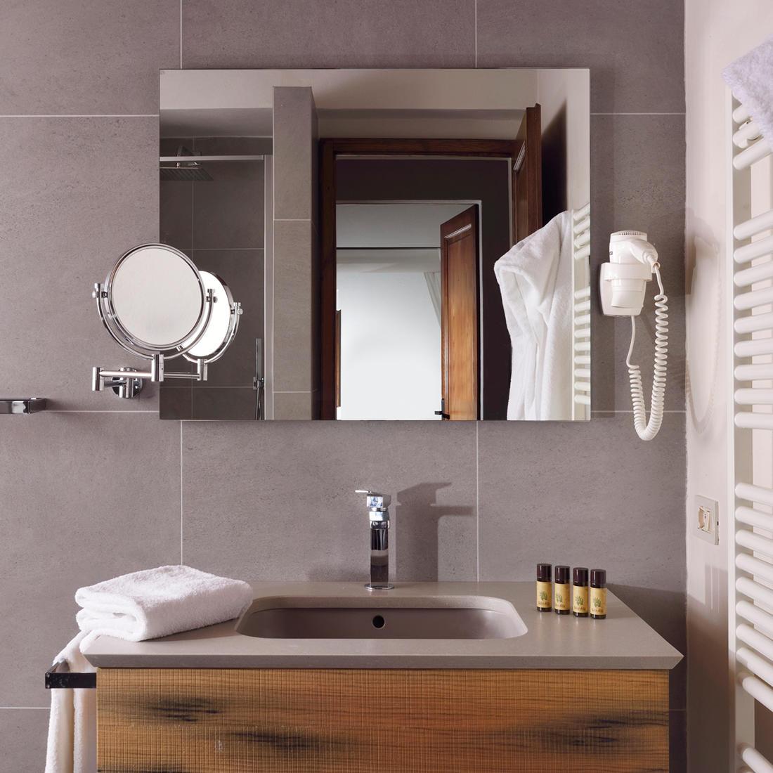 Studio Apartment Bathroom   Relais Villa Grazianella