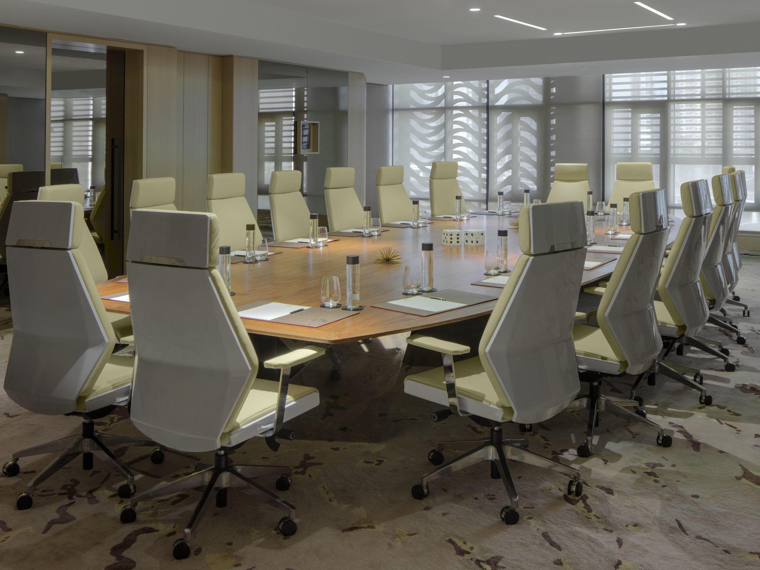 工作和娱乐套房会议室