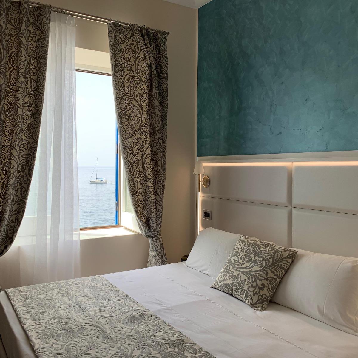 Ariana_Hotel_Isole_Eolie_UNA_Esperienze_SuperiorRoom_Family