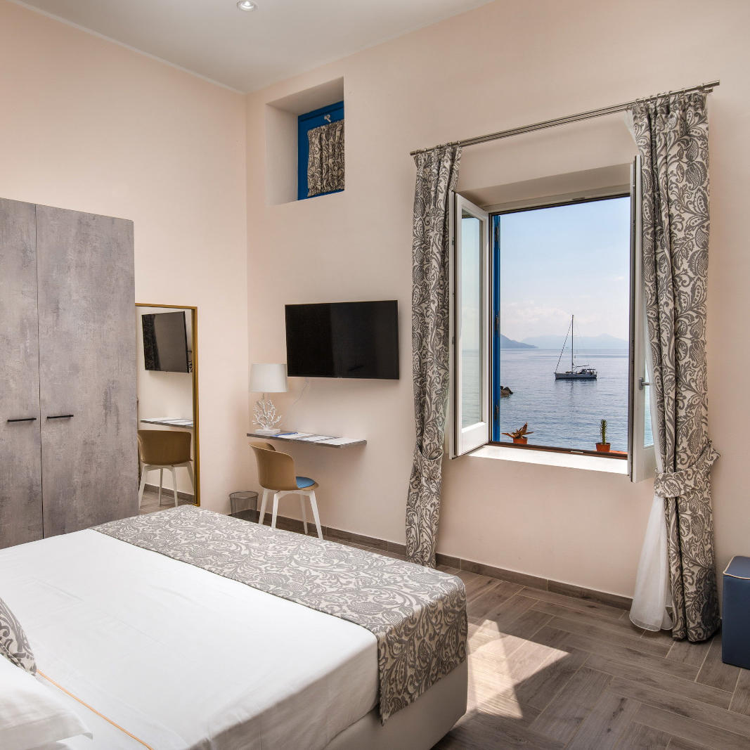 Ariana_Hotel_Isole_Eolie_UNA_Esperienze_SuperiorRoom_seaview