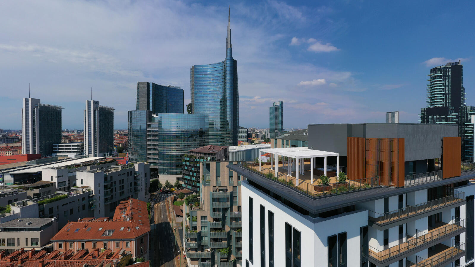 Milano Verticale | Overview