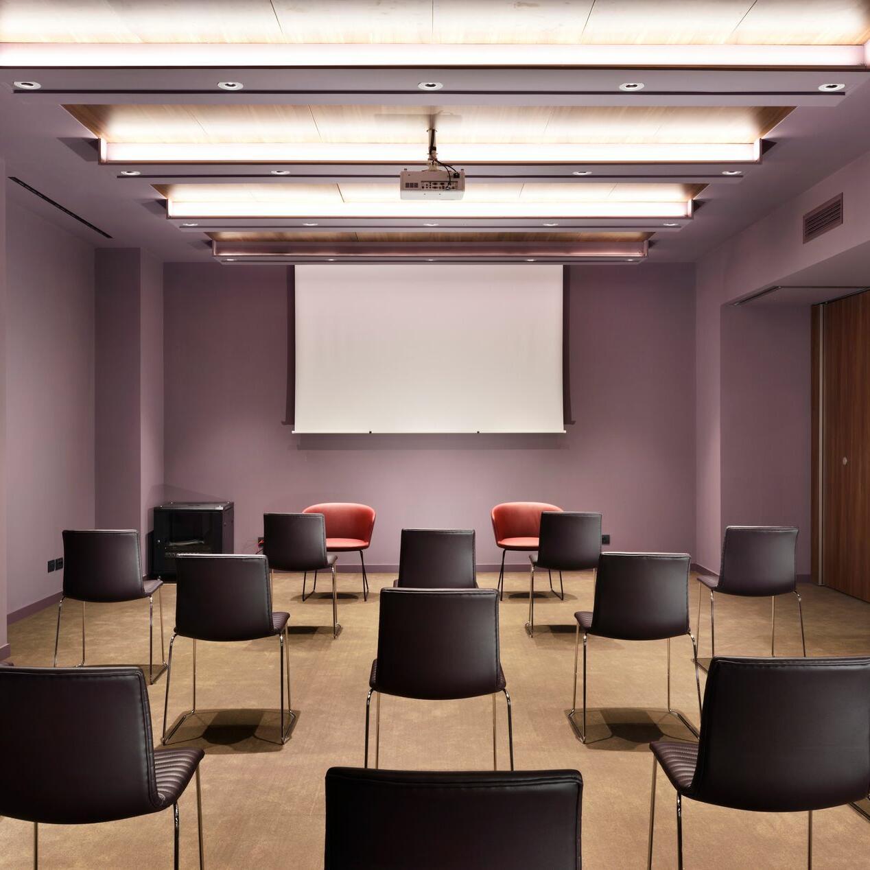 Milano Verticale   Meeting Room