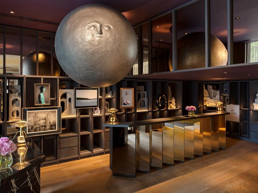 The Londoner Hotel - Lobby - Reception