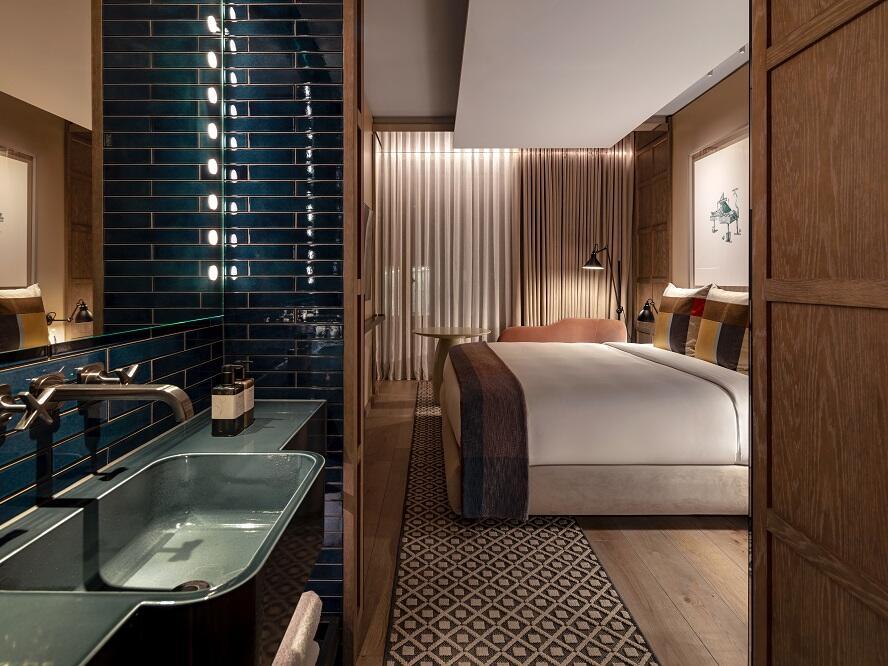 The Londoner Hotel - King Room