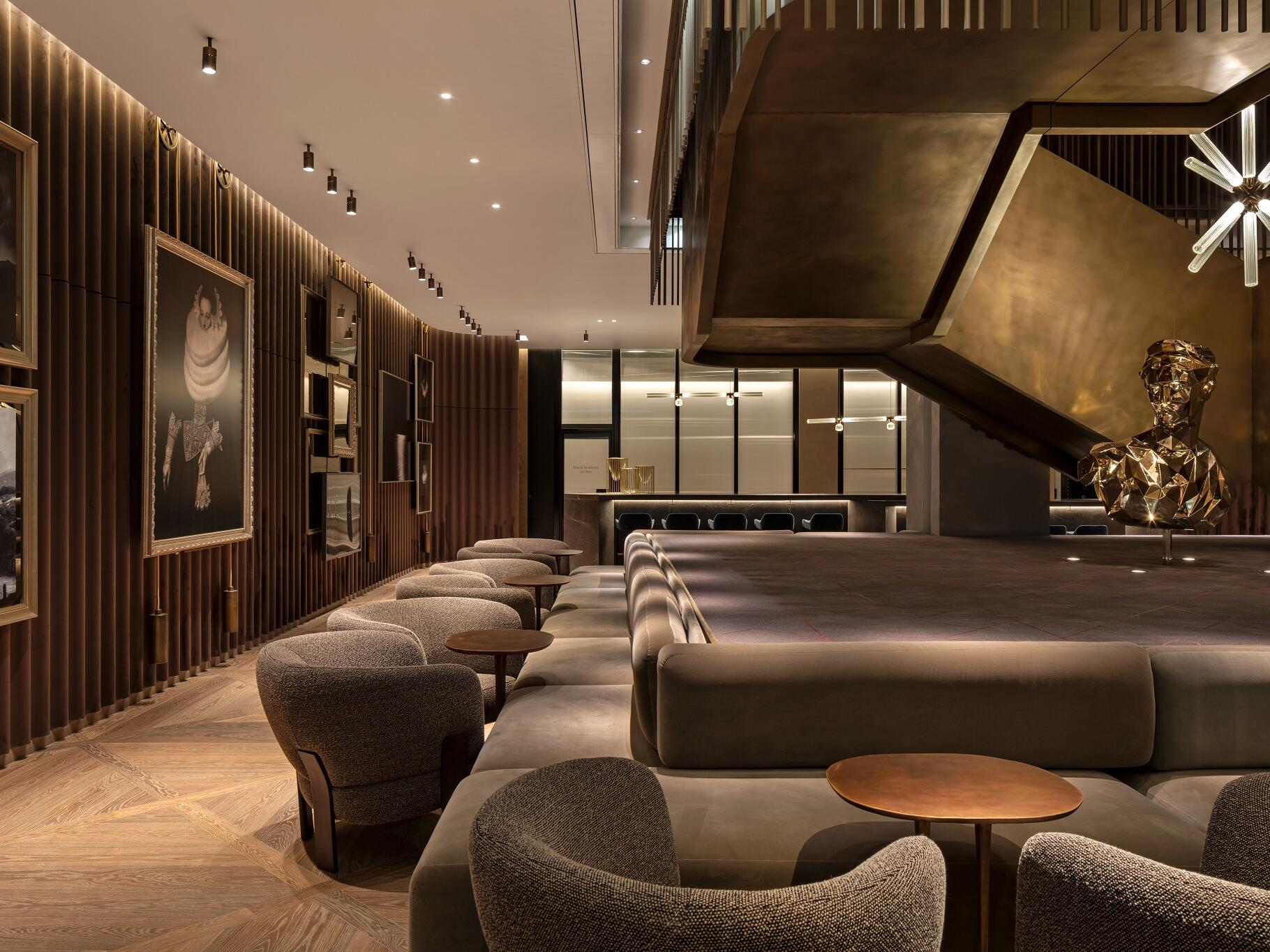 The Londoner Hotel - The Gallery