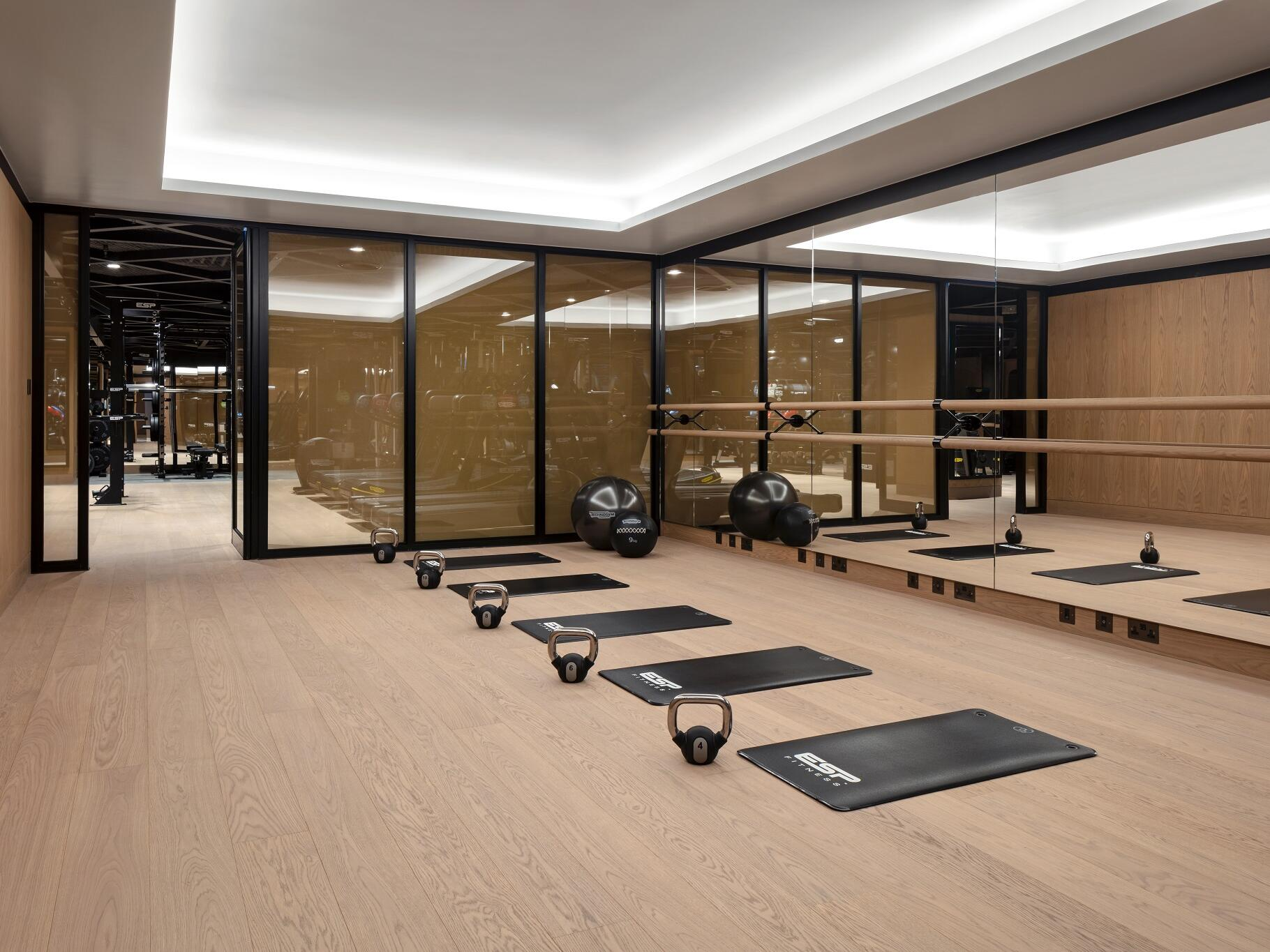 The Londoner Hotel - The Retreat - Gym
