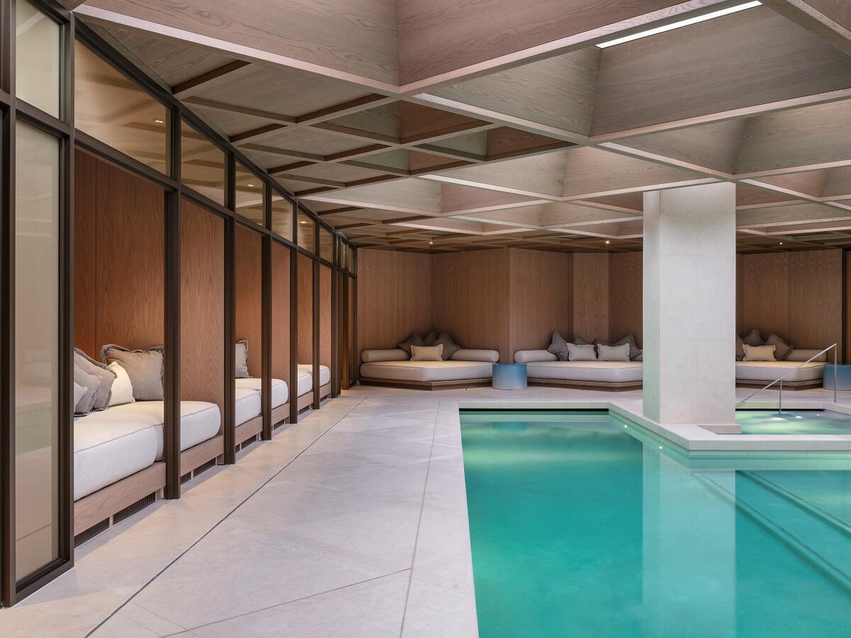 The Londoner Hotel - The Retreat - Cabanas