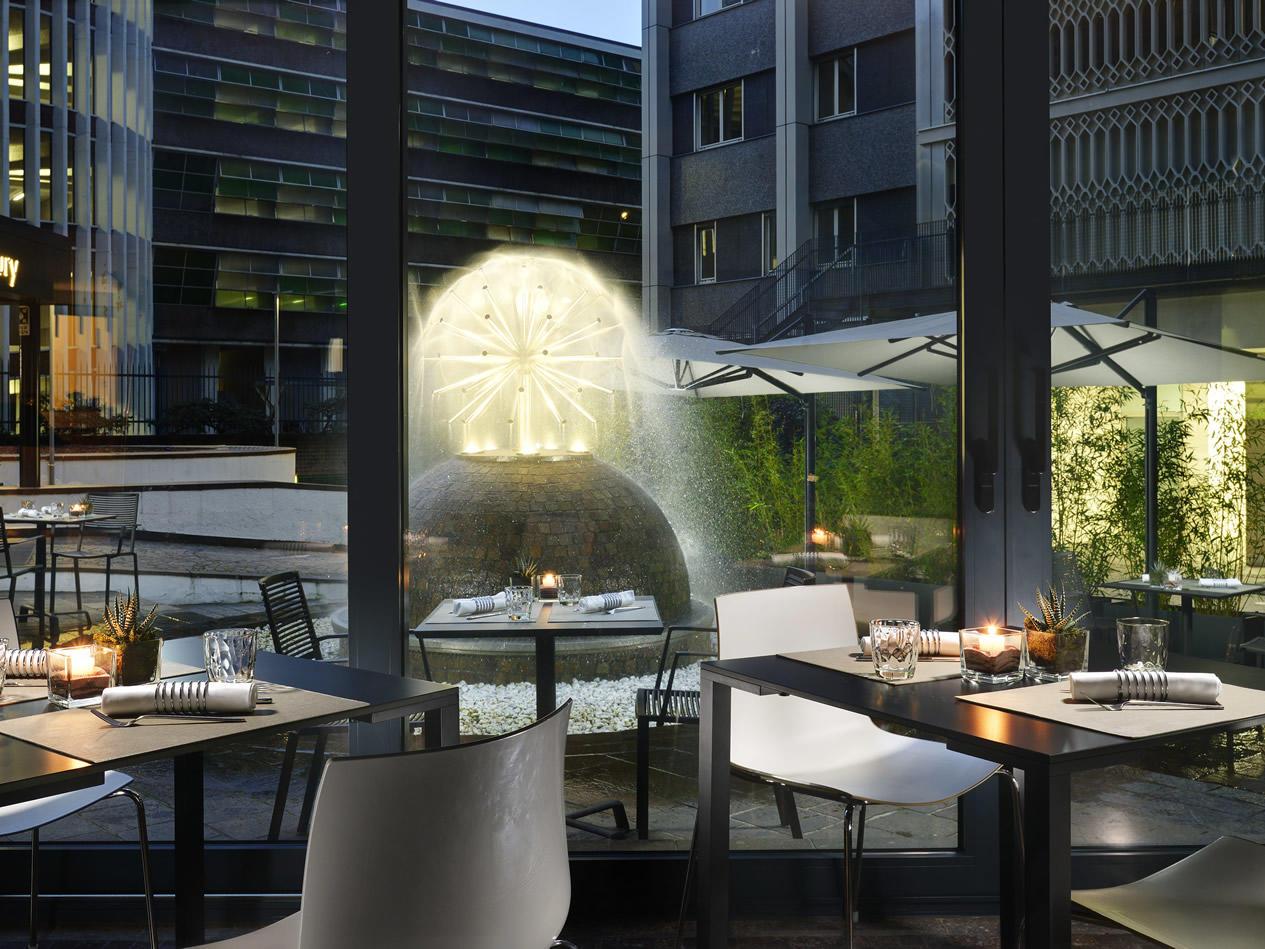 Unahotels Century Milano Suite Hotel In Zona Stazione Centrale
