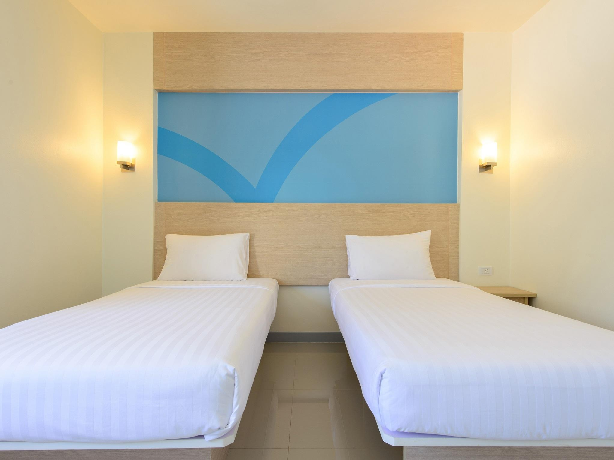 3. TwinRoom at Hop Inn Hotel