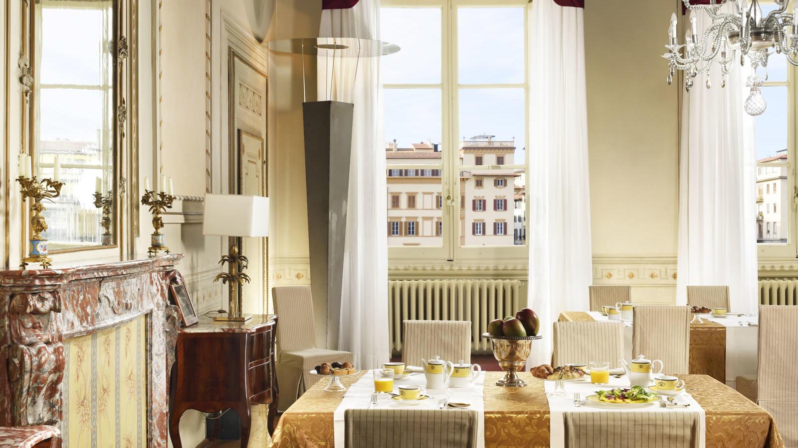 Breakfast Hall of Mirrors   Leone Blu Suites