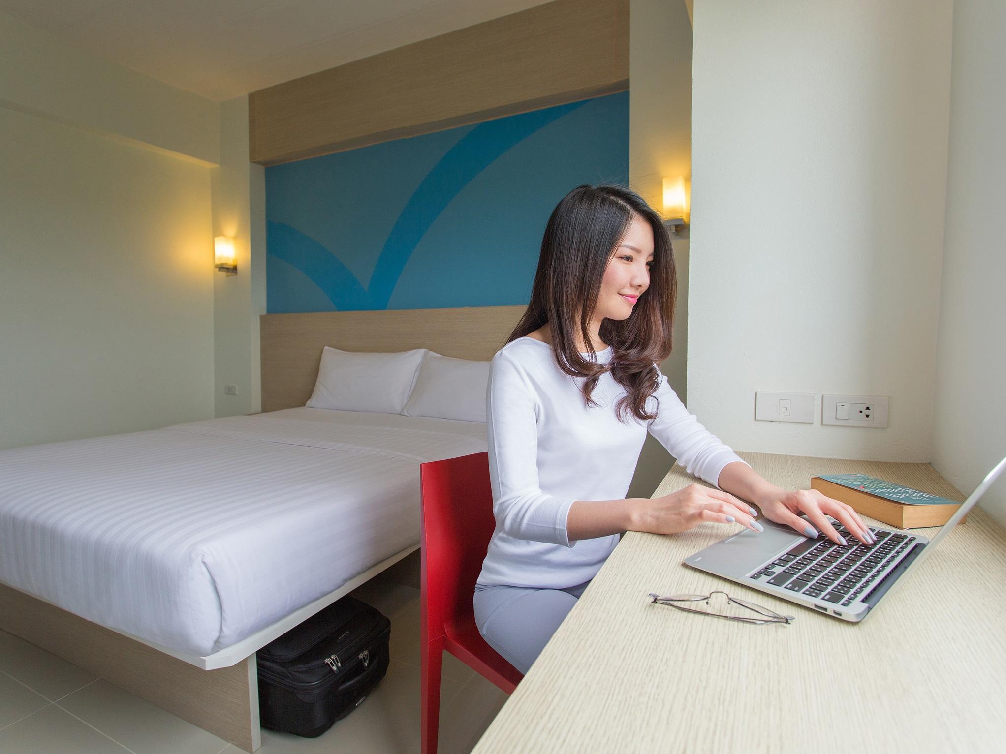 8. DoubleRoom at Hop Inn Hotel