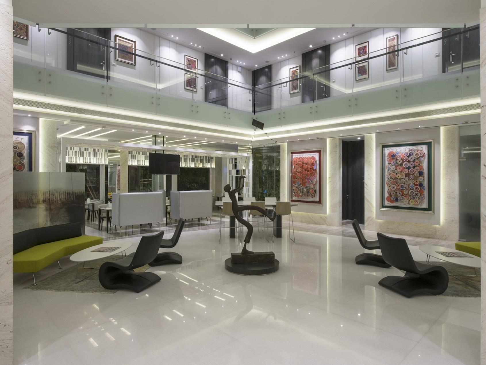 Hotel Lobby - Eastin Hotel