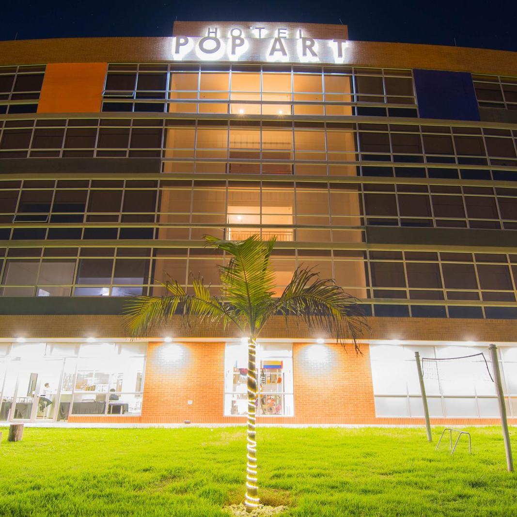 Fachada Hotel POP ART Tocancipá
