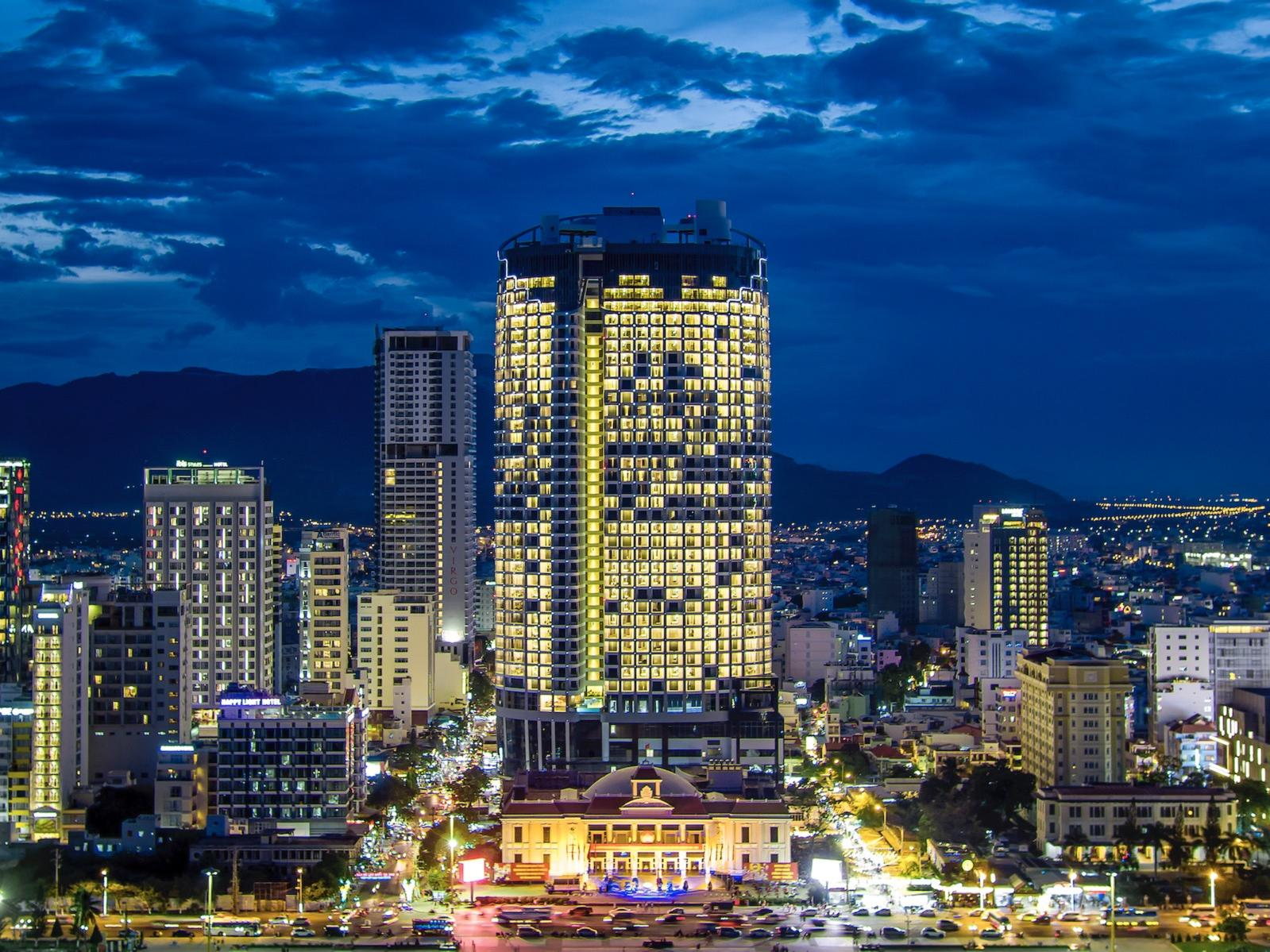 Eastin Grand Hotel Nha Trang's Facade - Night View