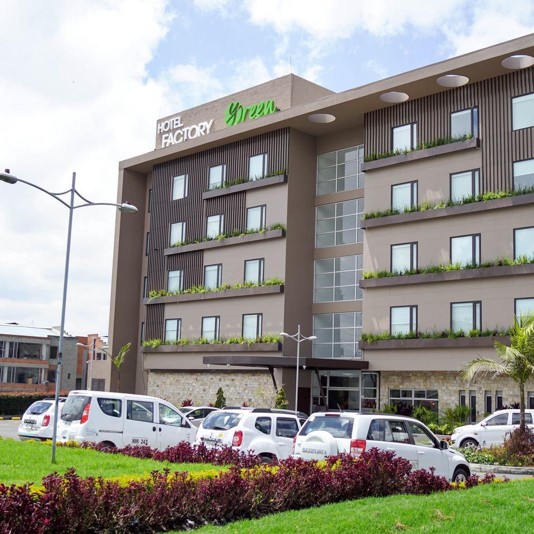Fachada Día Hotel Factory Green