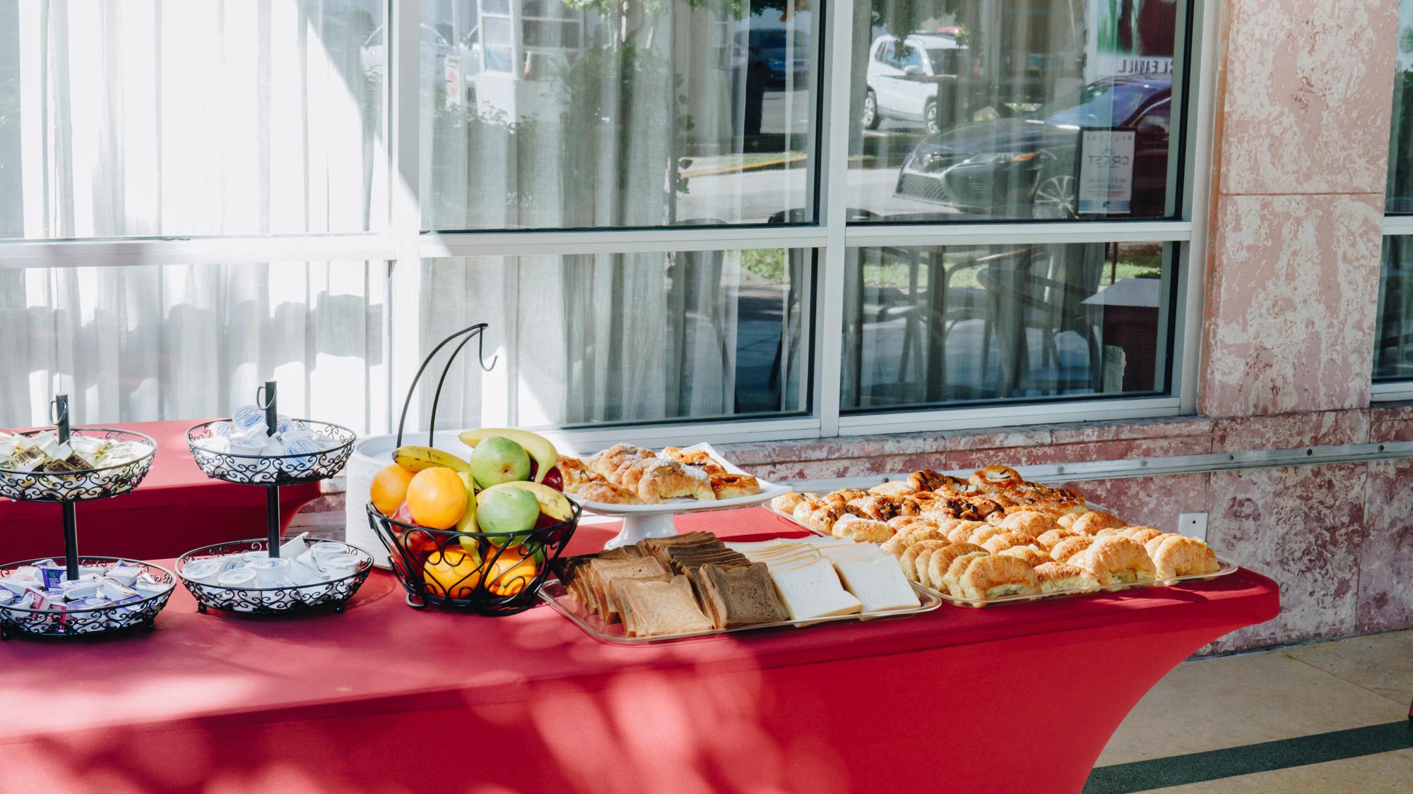 Petit Buffet Art Deco award-winning boutique hotel in miami beach – crest hotel suites