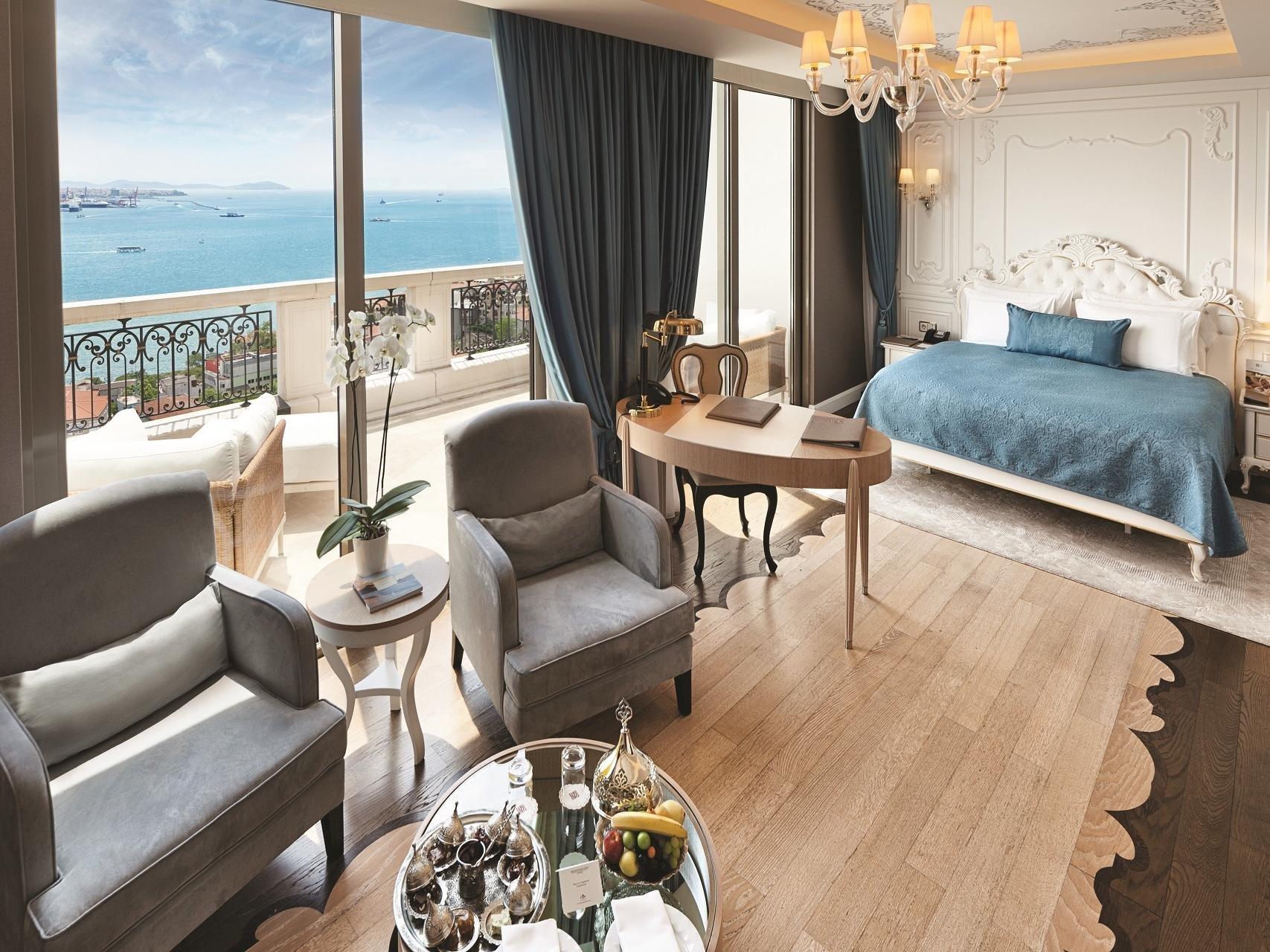 CVK Park Bosphorus Hotel Istanbul Terrace Suite