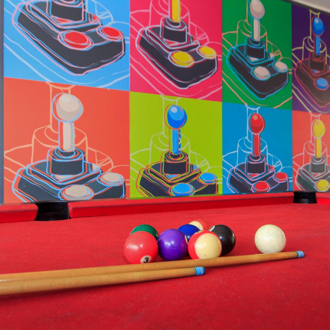 Sala de Juegos Hotel POP ART Tocancipá