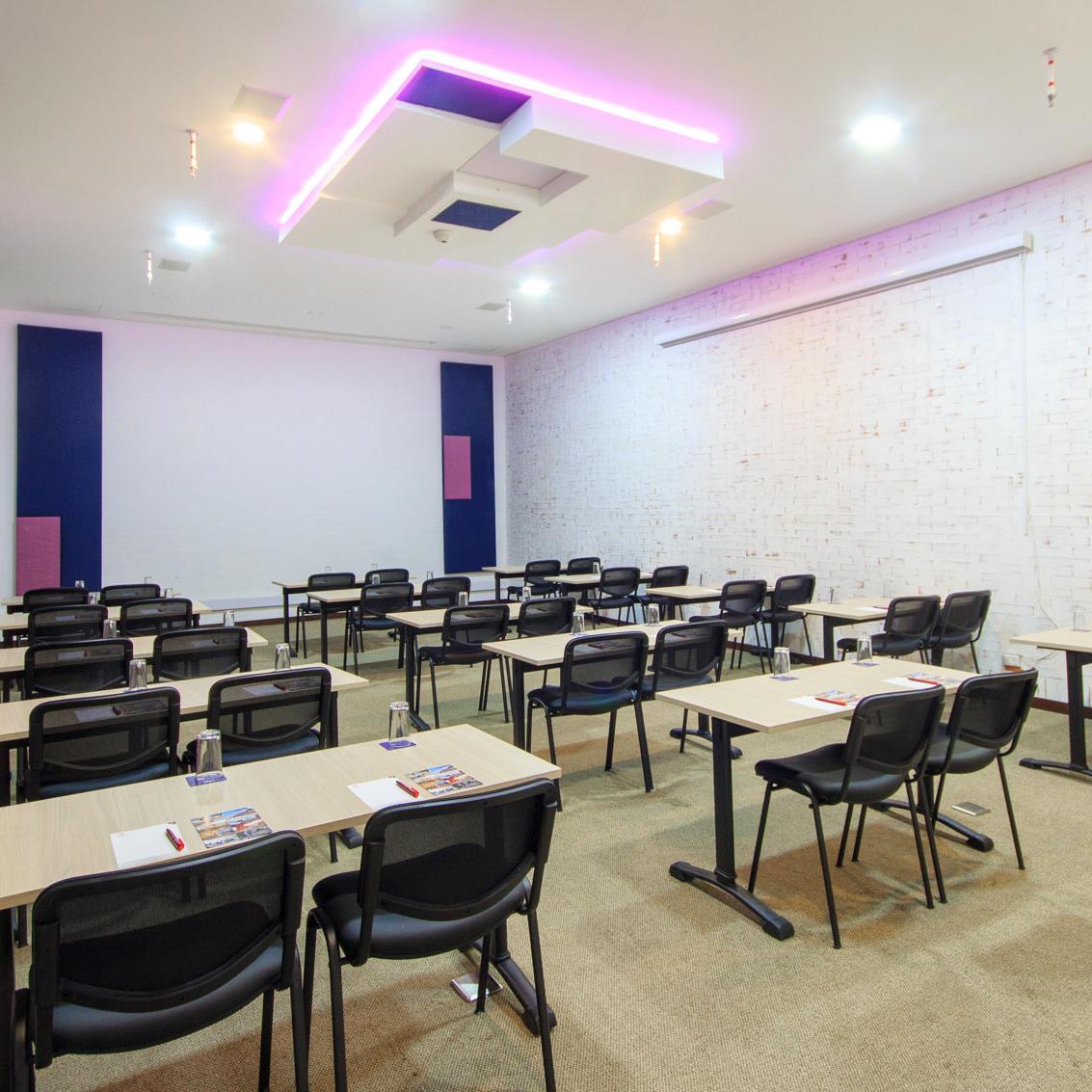 Salón de Eventos Hotel POP ART Tocancipá