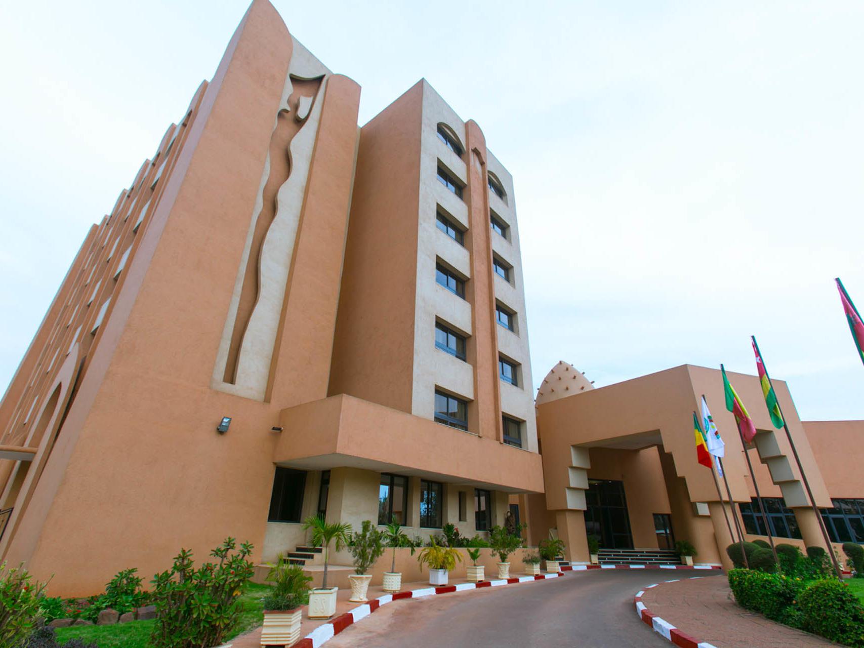 Azalai front Facade